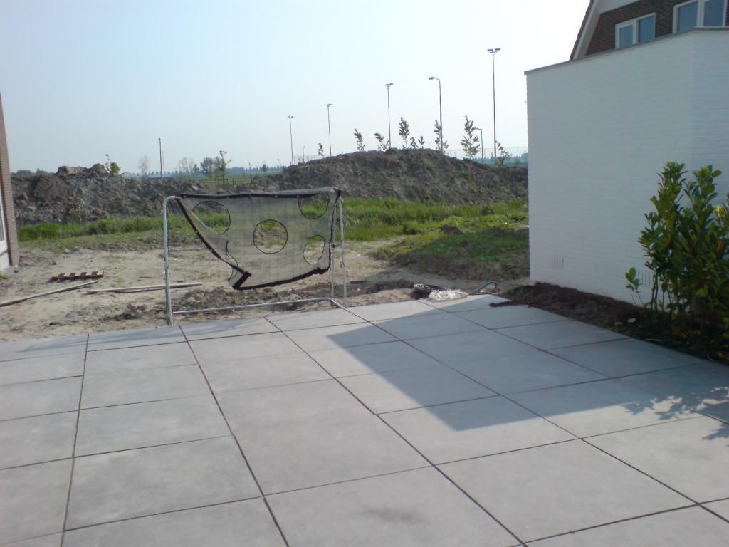 Tuin zonder veranda in Nieuw Vennep
